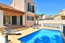 Villa à Capdepera - Villa en Cala Mesquida con piscina